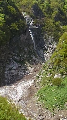 阿曽原の滝!(5月8日)