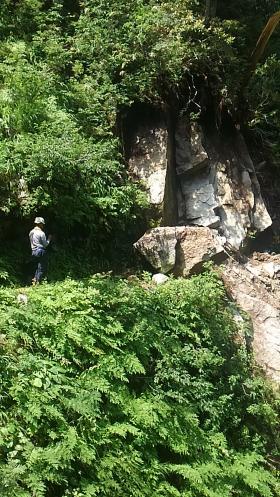 岩の崩落!