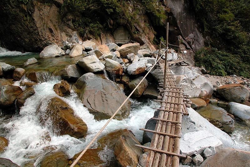 写真:仙人谷の橋(下部)