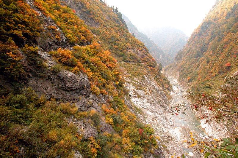 写真:白竜峡~十字峡間